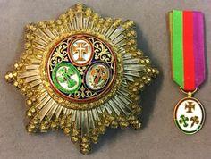 Portugal - Ordre des Trois Ordres, fondé en 1789, plaque du modèle en usage depuis 1918, à huit pointes en vermeil diamanté très bombées chargées de rayons en argent Beaussant Lefèvre - 31/05/2017