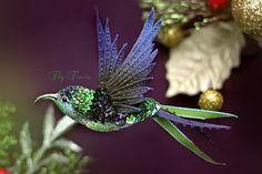 Броши ручной работы. Ярмарка Мастеров - ручная работа миниатюрная брошь - колибри в полете. Handmade.