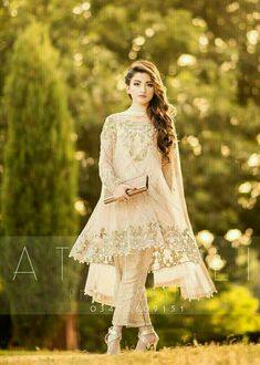 Classy and descent pakistani wedding outfits, pakistani dresses, indian dresses, pakistani party wear Stylish Dresses For Girls, Stylish Dress Designs, Wedding Dresses For Girls, Party Wear Dresses, Simple Dresses, Simple Pakistani Dresses, Indian Gowns Dresses, Pakistani Dress Design, Pakistani Clothing