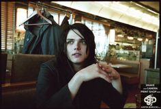 gerard way pictures