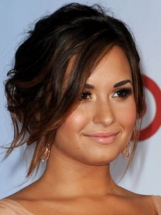 Smoky Eye Makeup - Demi Lovato