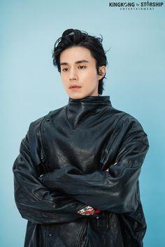 Handsome Asian Men, Handsome Korean Actors, Handsome Boys, Celebrity Dads, Celebrity Crush, Lee Dong Wook Goblin, Lee Dong Wok, Dramas, Cat Valentine Victorious