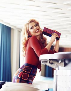 Paloma Faith looking gorgeous in a red Wolford bodysuit in the first edition of the Dutch Harper's Bazaar (Sept Paloma Faith, Star Fashion, Retro Fashion, Rockabilly Rebel, Eccentric Style, Faith In Love, Female Singers, Celebs, Models