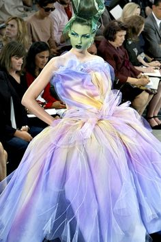 Galliano for Dior John Galliano, Galliano Dior, Runway Fashion, Fashion Show, Stage Beauty, All Things Purple, Midnight Blue, My Favorite Color, Fashion Details