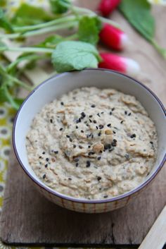 Petits repas entre amis: Tartinade d'aubergine rôtie à l'origan & haricots blancs - Eggplant spread roasted with oregano and white beans