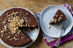 Chocolate Hazelnut Cake (Grain-Free) - And Here We Are Chocolate Hazelnut Cake, Sweet Cooking, Just Bake, Thanksgiving Desserts, Cake Tins, How To Make Chocolate, Savoury Cake, Clean Eating Snacks, Quick Easy Meals