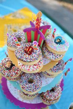 donut birthday cake,,yes please :)