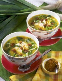 Curry-Lauch-Suppe mit Hähnchen