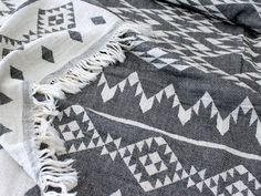 Aztec Throw Blanket | Navajo Picnic Blanket | Black White Tribal Southwestern Sofa Couch Throw Wrap | College Student Gift / for Couple #EtsyGifts