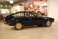 Alfa Romeo - GTV 2000 Coupé - 1978 Alfa Romeo Gtv 2000, Alfa Romeo Gtv6, Alfa Gtv, Garage, Cars, Sweet, People, Cutaway, Carport Garage