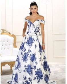 Stun in this Satin finish floral details sweetheart bodice absolute perfection. Available in sizes Link in bio! Formal Dress Shops, Formal Gowns, Strapless Dress Formal, Formal Wear, Floral Print Gowns, Floral Prom Dresses, Ball Gowns Prom, Ball Gown Dresses, Affordable Evening Gowns