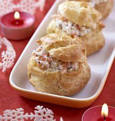 Petits choux au saumon fumé, la recette d'Ôdélices : retrouvez les ingrédients, la préparation, des recettes similaires et des photos qui donnent envie !
