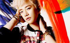 """2PM's Junho Releases MV for Korean Version of """"Feel"""""""