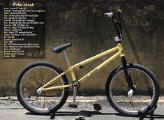 Jean-William Prevost's Far East Cycles Turbo framed bike 20 Inch Bicycle, Bmx Flatland, Kids Bike, Bmx Bikes, Bicycles, Carbon Fiber, Mountain Biking, Skateboard, First Love