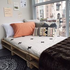 INDIE BEDROOM, wish I could find some pallets to do this