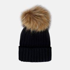 JUNKYARD Pompom knitted Beanie. Materiale: 100% Akryl. Knit Beanie, Winter Hats, Outfits, Fashion, Moda, Suits, Fashion Styles, Knit Hats, Fashion Illustrations