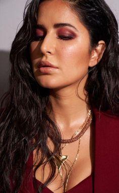 New Fashion: Beautiful Girls Bollywood Actress Hot Photos, Indian Bollywood Actress, Beautiful Bollywood Actress, Beautiful Indian Actress, Bollywood Heroine, Katrina Kaif Bikini Photo, Katrina Kaif Hot Pics, Katrina Kaif Images, Bollywood Bikini