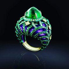18k emerald yellow diamond ring !! !! @austy_lee.