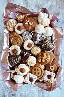 Large Christmas Wreath, Stuffed Mushrooms, Cheese, Cookies, Vegetables, Blog, Diet, Stuff Mushrooms, Crack Crackers