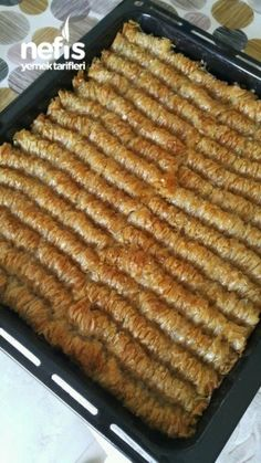 Baked Dessert with Ready Baklava Pastry – Delicious Recipes - Burger Lebanese Recipes, Turkish Recipes, Recipe Application, Turkish Baklava, Semolina Cake, Cookery Books, Recipe Mix, Pastry Recipes, No Bake Desserts
