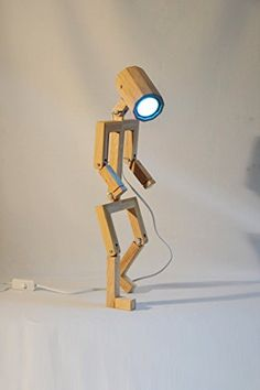 Lampe Madame design articulée en bois de chêne recyclée, ... https://www.amazon.fr/dp/B071HK4NCC/ref=cm_sw_r_pi_dp_x_BhbeAbQP145BC
