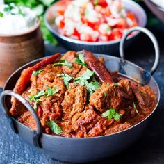 Healthier slow-cooked spicy beef curry. Less than 500 calories WITH rice (224 cals without). Syn free on Slimming World Extra Easy.