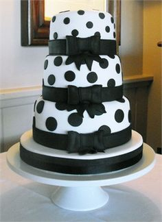 Black and White polka dot wedding cake CHANGE TO GREY AND PURPLE DOTS?