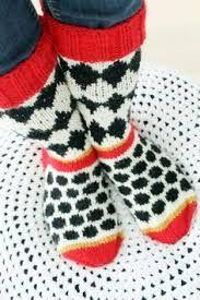 Kuvahaun tulos haulle kettukarkki sukat Crochet Socks, Knitting Socks, Hand Knitting, Knit Crochet, E Craft, Wool Socks, Marimekko, Your Shoes, Mittens
