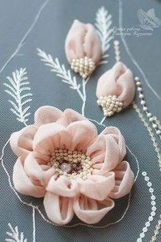 Wonderful Ribbon Embroidery Flowers by Hand Ideas. Enchanting Ribbon Embroidery Flowers by Hand Ideas. Bordados Tambour, Tambour Embroidery, Couture Embroidery, Embroidery Fashion, Hand Embroidery, Embroidery Supplies, Embroidery Patterns, Eyebrow Embroidery, Embroidery Books