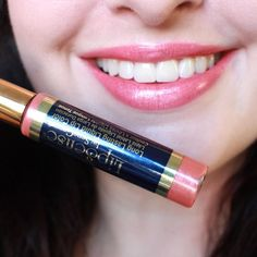 """Stay tuned for a blog post but holy moly! @bombshellcosmeticsus LipSense is no joke - it doesn't come off until you're ready for it to come off! Here I did three thin coats of """"Luv It"""" followed by Glossy Gloss. The trick is to let it dry between coats and don't let your lips touch until you're done applying. You can re-apply the gloss throughout the day to keep it looking fresh!  #pr #bombshellcosmetics #crueltyfree #vegan #lipsense"""