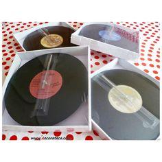 Originales relojes de pared con forma de disco de vinilo - DECORATECA