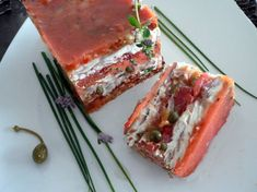 Terrine de raie aux tomates et aux câpres Ceviche, Flan, Lasagna, Mousse, Sandwiches, Ethnic Recipes, Tomatoes, Food, Pudding