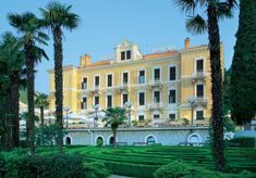 Opatija Riviéra / Utikritika.hu Beste Hotels, Mansions, House Styles, Travel, Decor, Europe, Viajes, Decoration