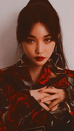 Chungha Facts: – Chungha was born in South Korea. Mamamoo, Kpop Girl Groups, Kpop Girls, K Pop, Kim Chanmi, Chung Ah, Kim Chungha, Wattpad, Kpop Aesthetic