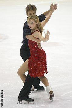 Oh, she has shorter front hair! Davis and Charlie White as teens! Figure Ice Skates, Figure Skating, Usa Olympics, Winter Olympics, Ice Skating Pictures, Allen White, Meryl Davis, Maksim Chmerkovskiy, Tessa And Scott