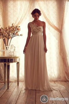 http://newberry.ru/fashion/wedding-fashion/wedding-dresses-anna-campbell-2013.html