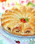 Огромная благодарность автору: golubga Предлагаю вам мягкий, пушистый с большим количеством начинки пирог. Пирог со вкусом карамельного яблока, апельсина и ароматом корицы и кунжута. Тесто без куриных яиц. Вкус потрясающий, а к этому, еще и буке...