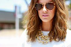 Courtney Kerr in Bauble Bar jewelry (thecourtneykerr.com)
