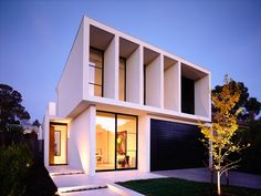 Contemporary Concept Home  Nice facade to protect from harsh sunlight