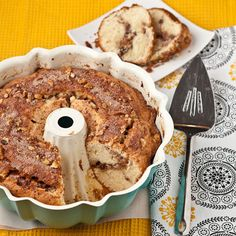 Cinnamon Coffee Cake - Absolutely moist, tender, and SO yummy.  Streusel is amazing.