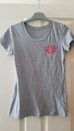 Ladies Cropped Black No Bra Club Slogan Tshirt Top S//M BNWT