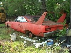 Where Old Cars Go To Die. The last resting place where classic cars go to die. 47 photos showing where old cars go to die. Plymouth Superbird, Abandoned Cars, Abandoned Vehicles, Abandoned Places, Abandoned Homes, Rust In Peace, Roadster, Automobile, Rusty Cars