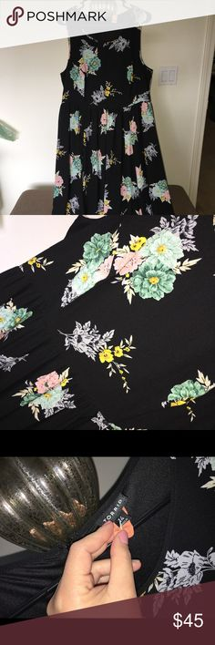 Torrid Floral Midi Dress Torrid Midi floral dress. Worn once, and dry cleaned. Like new. Size 14. Beautiful dress, hits mid calf. Short is full and flown. Absolutely beautiful dress. torrid Dresses Midi