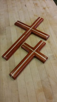 Rustic wood Cross, wood cross, paduk & ambrosia maple Woodworking Projects Diy, Woodworking Wood, Diy Wood Projects, Wood Crafts, Mosaic Crosses, Wooden Crosses, Wall Crosses, Rustic Cross, Rustic Wood