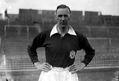 David Jack transferred from Bolton to Arsenal in 1928 for £10,890(£596,285 - the estimated values of player in 2013)