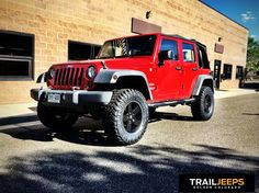 """Sometimes a simple suspension and slightly larger tires is all you need. This 2007 JKU learned some new tricks with a 2.5"""" JKS Manufacturing JSpec and some 33"""" Nitto Trail Grapplers."""