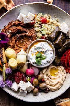 Kicking Monday's but with the ultimate appetizer here. The post Roasted Red Pepper Meze Platter. appeared first on Half Baked Harvest. Meze Platter, Mezze Platter Ideas, Hummus Platter, Antipasto Platter, Clean Eating, Healthy Eating, Vegetarian Recipes, Healthy Recipes, Vegetarian Tapas