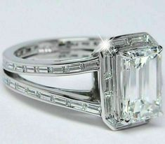 Cheap Engagement Rings, Halo Diamond Engagement Ring, Vintage Engagement Rings, 4 Diamonds, Emerald Cut Diamonds, Diamond Cuts, Baguette Diamond Rings, Schmuck Design, Wedding Ring Bands