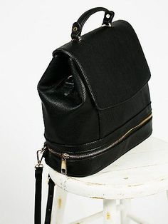 c64b93dd2d1573 Palermo Backpack Slow Fashion