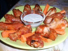Ropogós pikáns csirkeszárnyak sütőben sütve – ez a panír valami csodás! Ízletes csirkés finomság :) - MindenegybenBlog